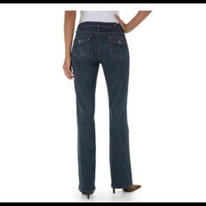 Wrangler Womens Aura Slender Stretch Flap Pocket